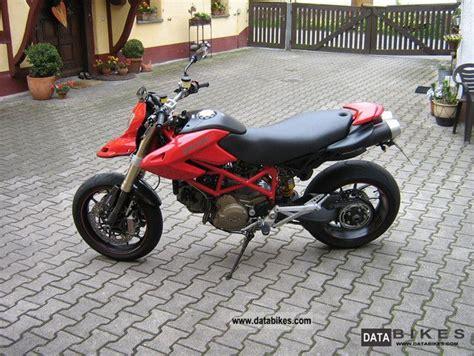 2007 Ducati Hypermotard 1100s