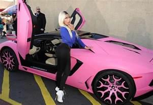 Lamborghini Nicki Minaj Nicki Minaj S Lamborghini Aventador Gets A Pink Makeover