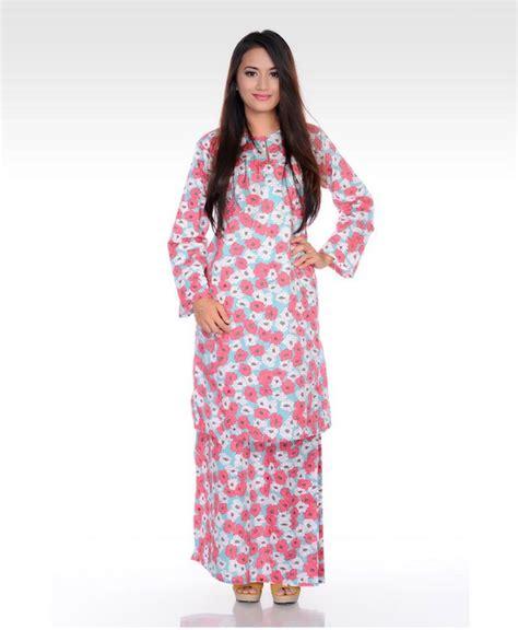 Baju Kara Twotone Dress 17 best ideas about baju kurung on kebaya kebaya muslim and dress