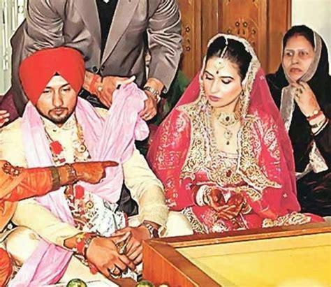 pics on honey singh n his wife yo yo honey singh wife shalini talwar wedding pictures