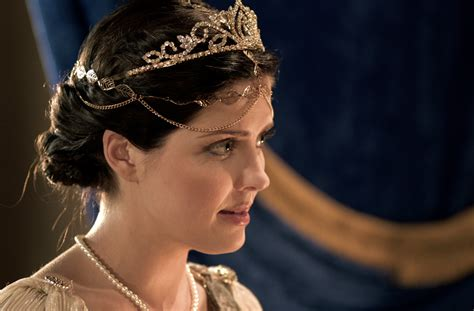 film psikopat esther the book of esther starring jen lilley as queen esther