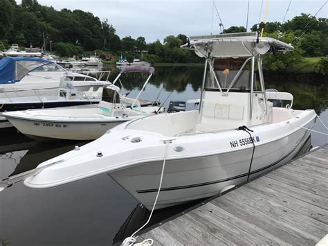 fishing boats for sale nh 2004 used cobia center console fishing boat for sale