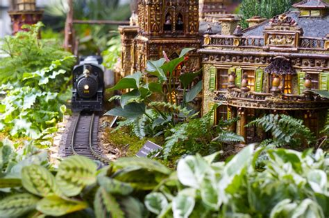 New York Botanical Garden Holiday Train Show Ramshackle Glam The New York Botanical Gardens