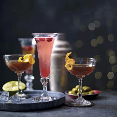 sparkling christmas cosmo cocktail sparkling cosmopolitan