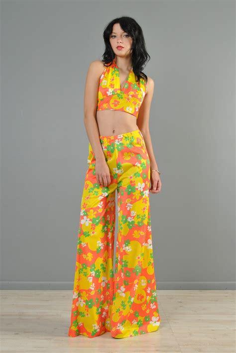 flower pattern jumpsuit vtg 70s floral bell bottom high waist crop top mod