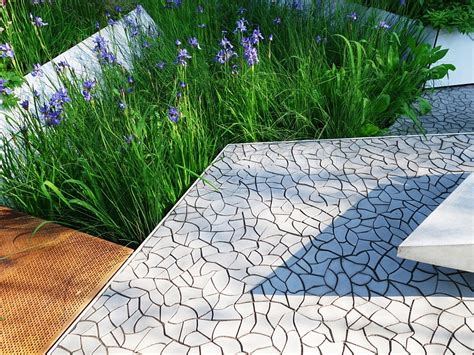 cracked earth concrete tiles for the garden