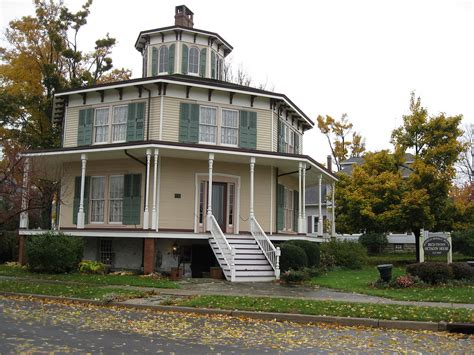 octagonal house rich twinn octagon house wikipedia