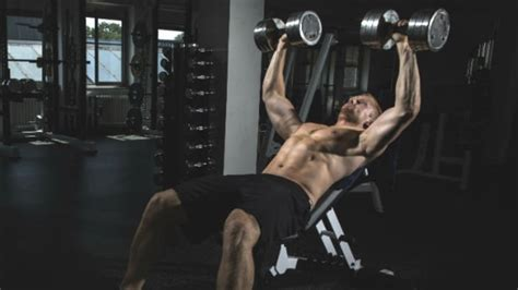 simple bench press improve your bench press easy tips for a stronger chest men s journal