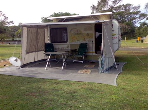 howling moon awning caravan and cing forums discuss suggestions advice