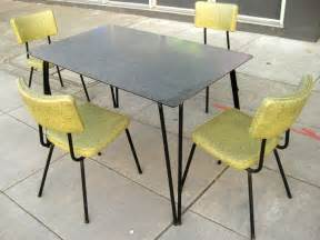 1960 Kitchen Table And Chairs Uhuru Furniture Collectibles Sold 1960s Kitchen Table Chairs 125