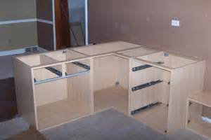 Building Kitchen Base Cabinets by Kitchen Cabinet Sizes And Dimensions