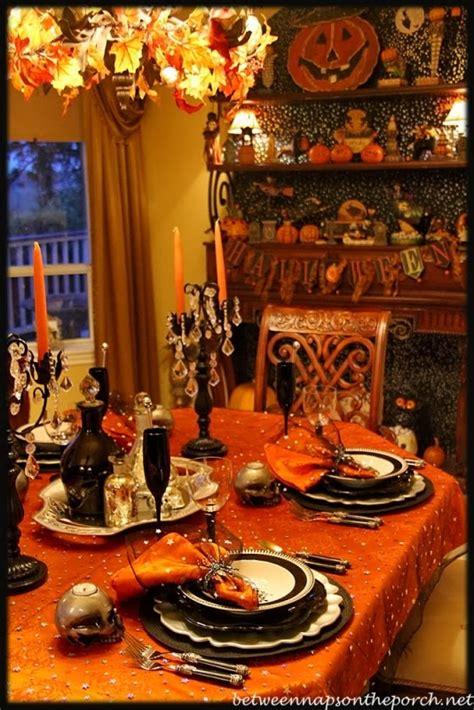 alejandra creatini  halloween tablescapes