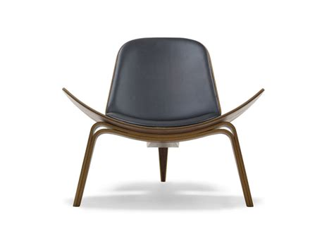 Scandinavian Design Lounge Chairs by Buy The Carl Hansen Ch07 Shell Chair Walnut At Nest Co Uk