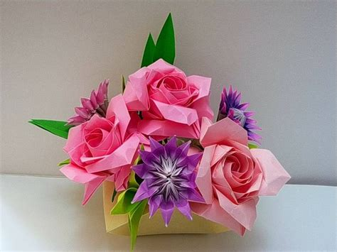 Origami Roses Tutorial - origami roses naomiki sato origami flower