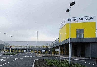 amazon uk amazon to create 15 000 uk christmas jobs