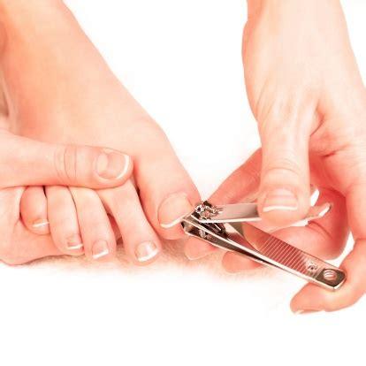 how to cut s toenails foot care tips how should you cut your toenails