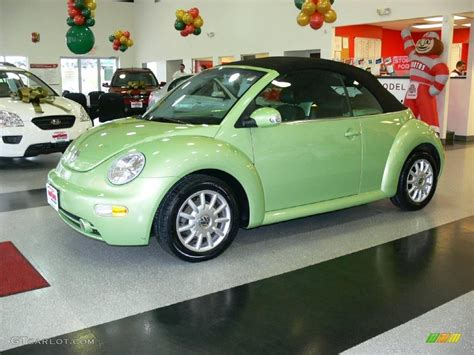 green volkswagen beetle convertible volkswagen beetle green convertible
