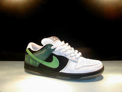 Harga Nike Dunk Low nike dunk low aldy19 s