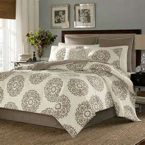 cottage medallion bedding collection from
