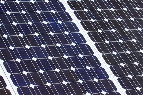 Lu Taman Solar Panel jaguar land rover launches solar power project