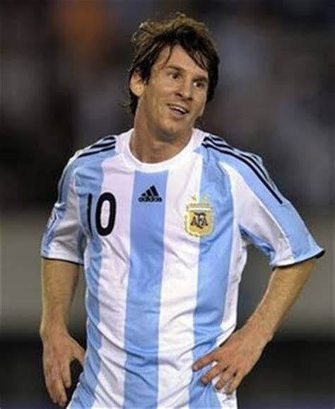 biography de messi lionel messi biography the power of sport and games