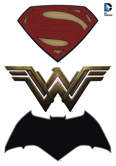Kalung Logo Superman Vs Batman previewsworld batman v superman logos car graphics set c 1 1 1