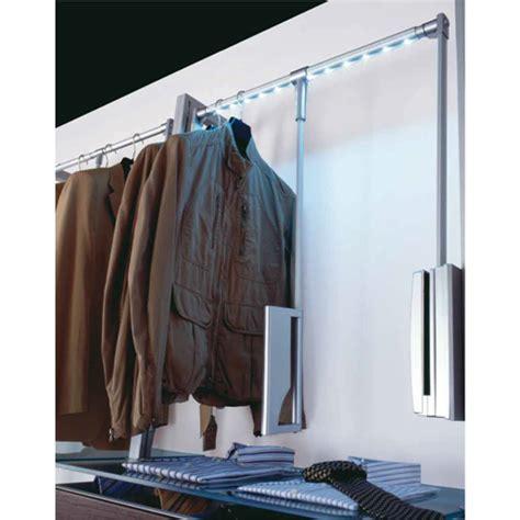 appendiabiti per cabina armadio appendiabiti illuminazione a led per sistema quadro di