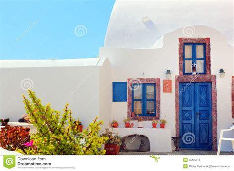 comprare casa a santorini casa grega tradicional porta e as janelas azuis