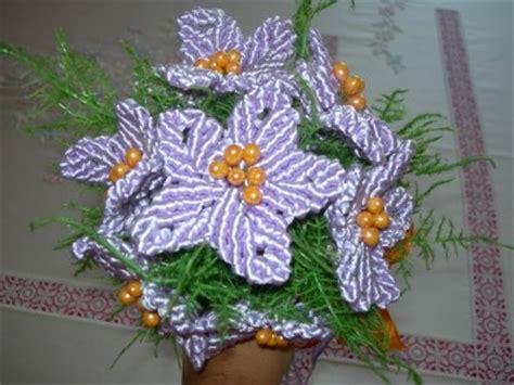fiori fatti con perline nuova pagina 1
