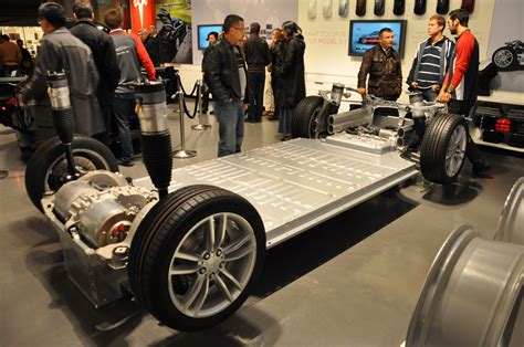 Tesla Kwh Battery Grid System From A Tesla 85 Kwh Battery The Green