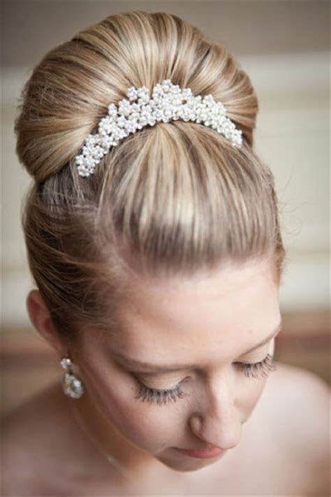 ballerinas with short hair ballerina bun with sparkly comb prom wedding party
