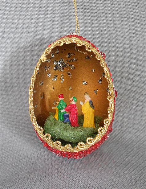 vintage diorama egg ornaments 1940s 1950s vintage genuine goose egg diorama ornament three wise and elaborately