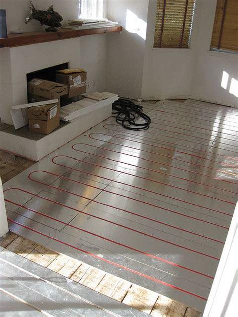 radiant floor heating bathroom 25 best ideas about in floor heating on