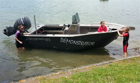 kingfisher alloy boats kingfisher 535 centre console alloy cats