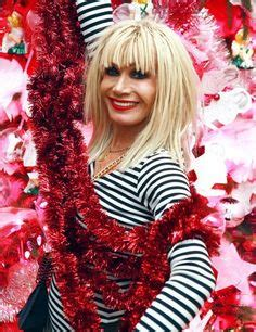 betsey johnson hair extensions bad how not to wear