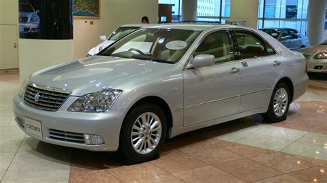 Royal Toyota ไฟล 2005 Toyota Crown Royal 01 Jpg ว ก พ เด ย