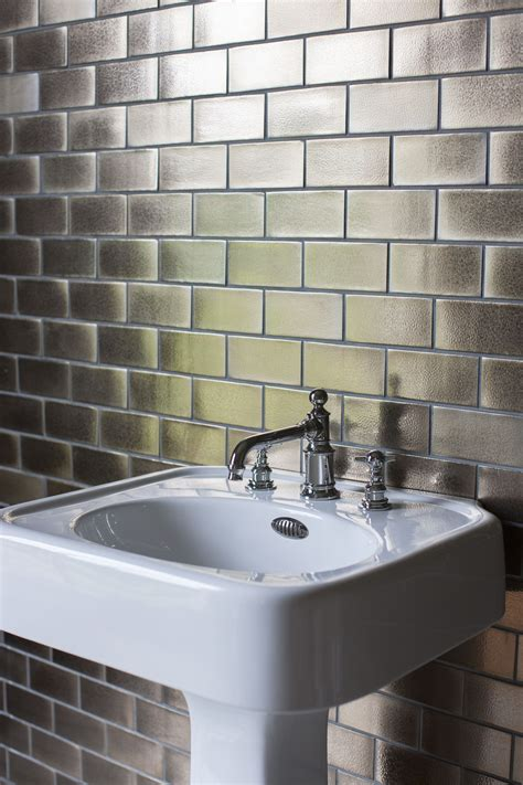 arcade bathrooms stylish ceramic pedestal 600mm basin with overflow