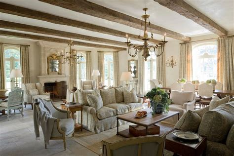 Chic Living Room Furniture Shabby Chic Living Room Furniture Decorating Ideas With Great Arched Windows Keystrokecapture Org