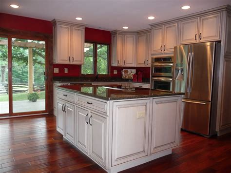 houzz kitchen lighting ideas kraftmaid kitchen cabinets ideas islands paint color