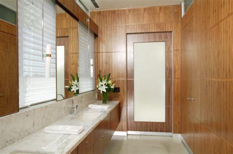 Modern Bathroom Baseboard The Benefits Of Aluminum Baseboards