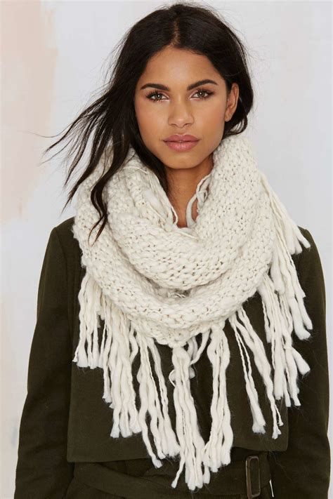 gal fringe with benefits infinity scarf white in