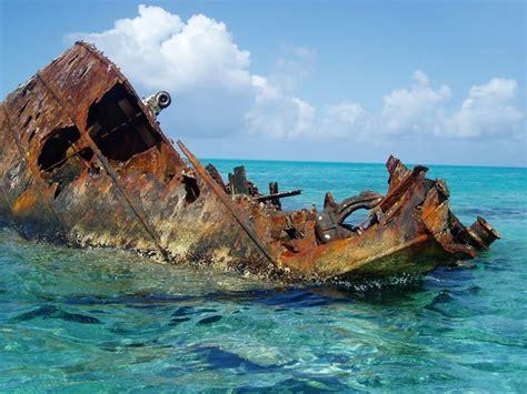 imagenes de barcos misteriosos im 225 genes de los misteriosos naufragios y barcos