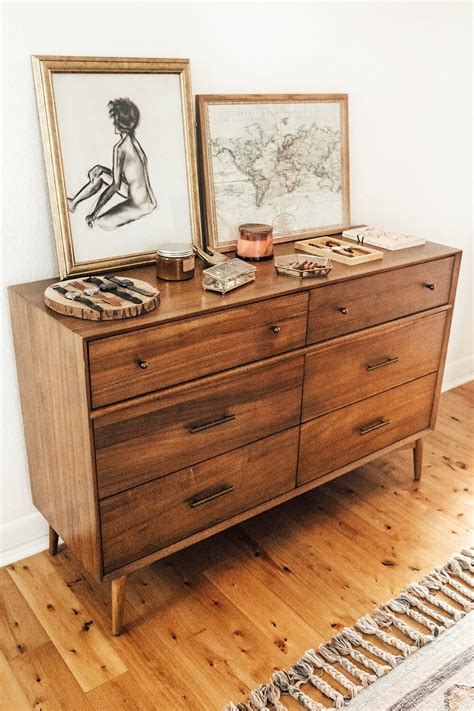 bedroom dresser decor bedroom dresser top decor livvyland fashion and style