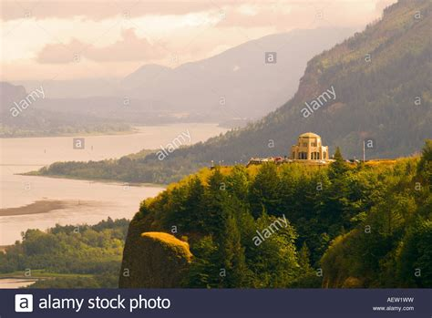 vista house crown point crown point vista house from chanticleer point portland womens forum stock photo
