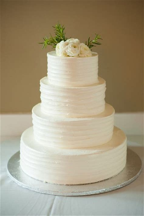 40 and simple white wedding cakes ideas