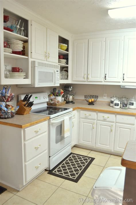 Beadboard Kitchen Cabinets Home Depot How To Re Paint Your Yucky White Cabinets