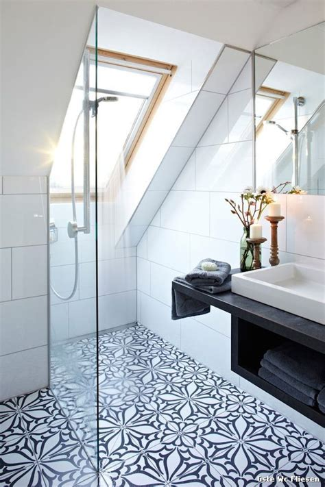 small attic bathroom ideas best 25 attic bathroom ideas on pinterest small attic
