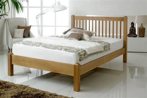 Oak Bed by Trafalgar Solid Oak Bed Frame 4ft6 The Oak Bed
