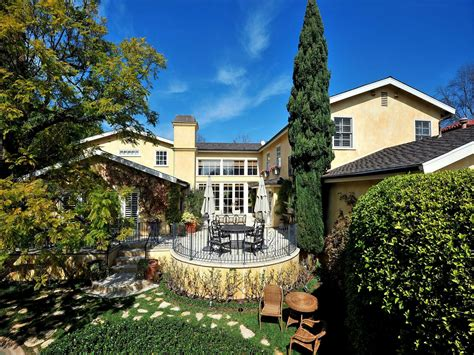 exquisite country home pacific palisades ca single