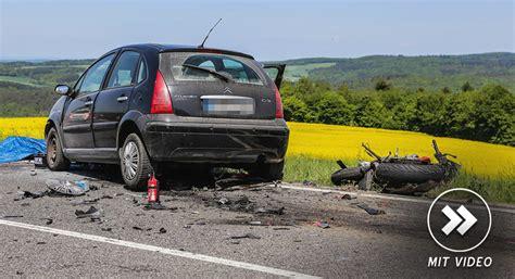 Unfall Motorrad Wiesbaden by T 246 Dlicher Unfall Auf Der B275 Mit Motorrad Und Pkw